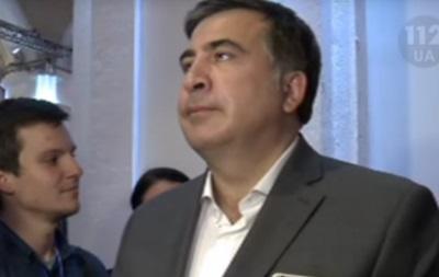 Саакашвили прервал интервью, когда зазвучал гимн Украины