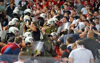 В Греции полиция избила фанатов Баварии