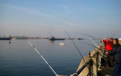 В Киеве запретили промышленный вылов рыбы