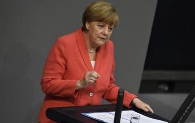 Меркель считает, что Асад должен участвовать в переговорах по Сирии