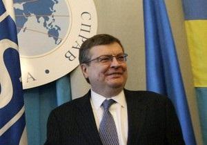 Глава МИД: Из Тимошенко такой премьер, как из Че Гевары сантехник