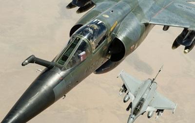 Франция впервые нанесла авиаудары по позициям ИГ в Сирии