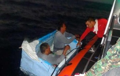 Два мексиканских рыбака четыре дня дрейфовали на холодильнике