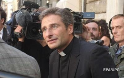 Ватикан осудил признание польского священника в гомосексуальности