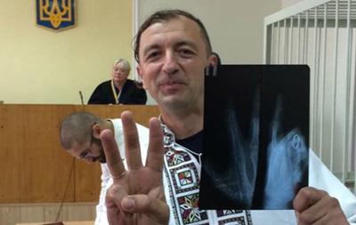 Свободовца  Леонова оставили под домашним арестом