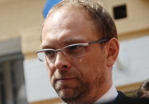 Власенко надеется, что Европейский суд рассмотрит жалобу Тимошенко в ускоренном режиме