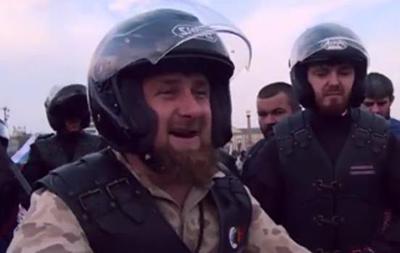 Ночные волки  и Кадыров совершили мотопробег в честь Путина