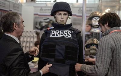 Гусар-ТВ. В России разработали бронежилет для журналистов