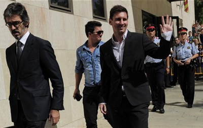 Барселона обіцяє не допустити тюремного ув язнення Мессі