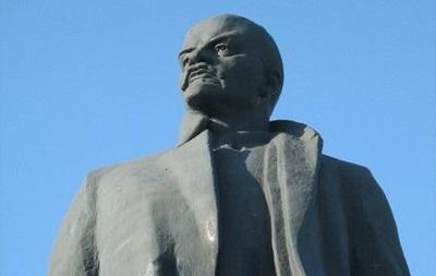 В Запорожской области похитили пятитонного Ленина