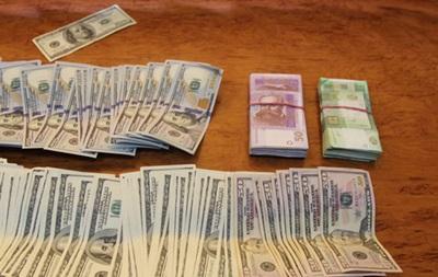 В Ровно милиция изъяла у валютчиков миллион гривен