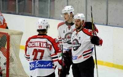 Хоккей: Донбасс вырывает победу в серии буллитов