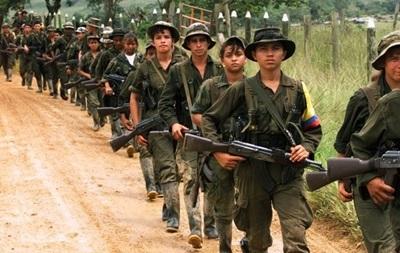 В Колумбии повстанцы напали на военных, погибли 12 человек