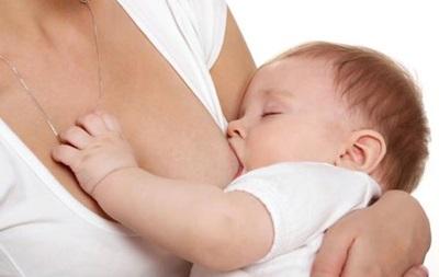 Состав материнского молока может влиять на детскую предрасположенность к ожирению