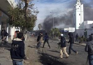 В столицу Туниса введены войска в связи с продолжающимися акциями протеста