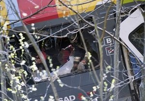 Правоохранительные органы Италии обнародовали список жертв аварии поезда на севере страны