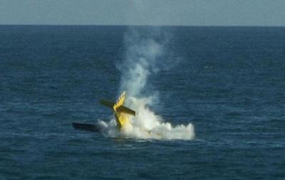 Самолет рухнул в море на авиашоу в Бразилии