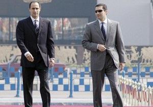 Сыновьям экс-президента Египта продлили арест