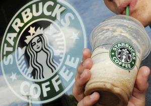 В Британии сотни человек провели акции протеста у кофеен Starbucks