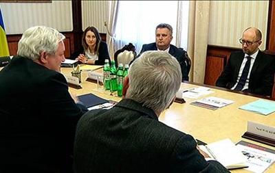 Яценюк: На Донбассе нужна помощь ООН