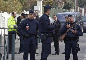 Глава МВД Франции опроверг информацию об аресте подозреваемого в резонансных убийствах