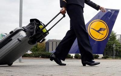 Бортпровідники Lufthansa готуються розпочати тижневий страйк