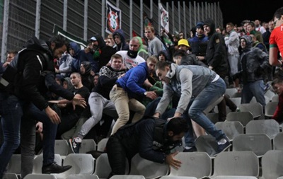 Бешикташ обвинил фанатов Локомотива в потасовке на матче в Стамбуле