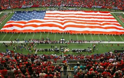 Пентагон платит спортивным клубам миллионы долларов за патриотические мероприятия
