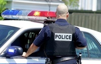Полицейский в США убил студента, сбившего его на угнанном автомобиле