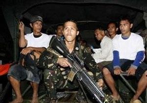 Бандиты на Филиппинах освободили заложников, получив гарантии неприкосновенности
