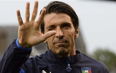 Буффон хочет, чтобы Конте остался у руля сборной Италии
