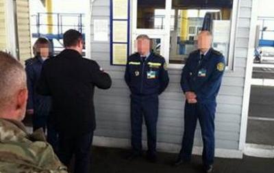 Одесские таможенники попались на взятке