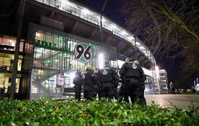 Матч Германия - Нидерланды отменили из-за обнаруженной взрывчатки