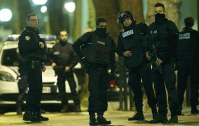 Под Парижем проходит спецоперация, есть раненые