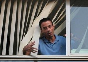 Захвативший двух заложников в здании посольства Турции в Тель-Авиве палестинец задержан