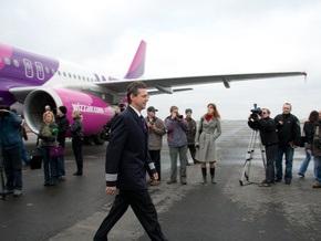 Сегодня в аэропорту Жуляны впервые совершил посадку Airbus 320