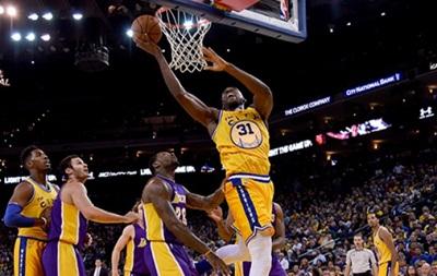 NBA: 16-я кряду победа Голден Стэйт, успех Чикаго