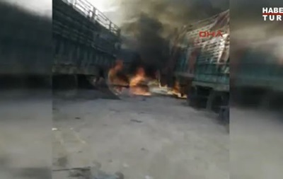 В Сирии под авиаудар попал турецкий гуманитарный конвой