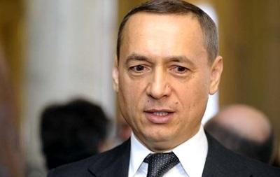 Нардеп Мартиненко заявив про складання повноважень
