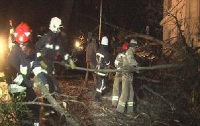 Непогода во Львове: травмированы три человека