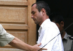 Король Камбоджи помиловал осужденного за педофилию россиянина