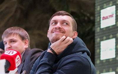 Усик: Хочу, чтобы Кличко вернул свои пояса и переключился на другую деятельность