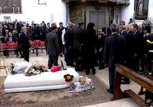 Италия простилась с погибшей при взрыве бомбы Мелиссой Басси