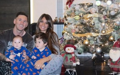 Дух Рождества: Месси с семьей уже подготовились к праздникам