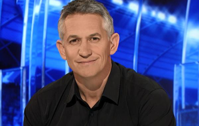 Экс-игрок сборной Англии пообещал провести эфир в трусах