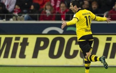 Экс-полузащитник Шахтера признан лучшим игроком тура в Германии