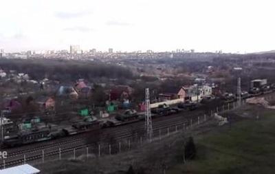 В Украину из России едет поезд с танками - СМИ