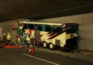Разбившийся в Швейцарии автобус с детьми был исправен - СМИ
