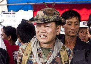В Бангкоке скончался оппозиционный генерал, раненный снайпером во время интервью