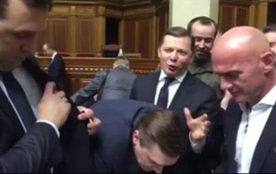 В Раде заново собирают подписи за отставку Шокина